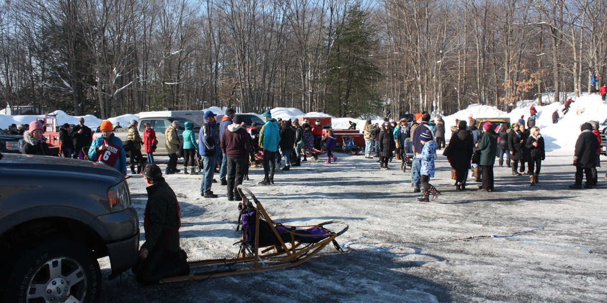 Annual Seguin Sled Dog Mail Run crowds at the start ceremony